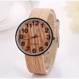 Moteriškas laikrodis medžio imitacija